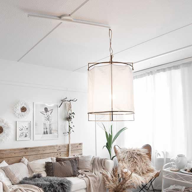 Lightswing Single White livingroom