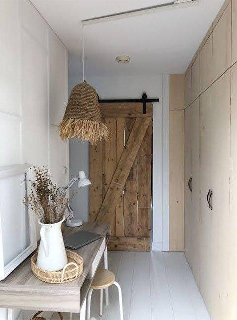 Lightswing Desk Hallway - Single matt white)
